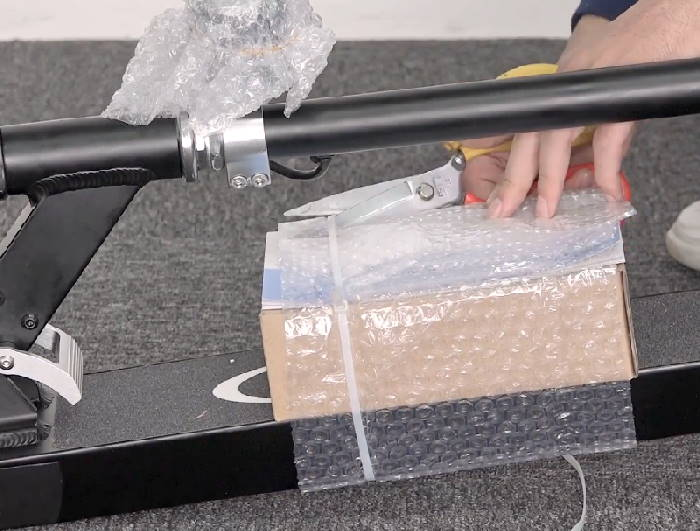 unboxing the Glion Dolly
