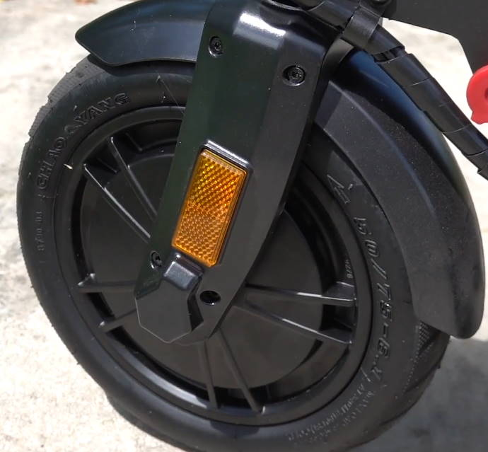 front wheel with the hub motor of the GoTrax XR Elite