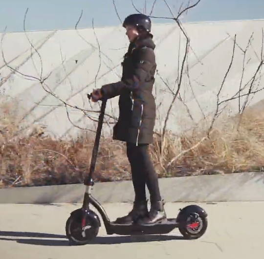 person riding the Hover 1 Alpha
