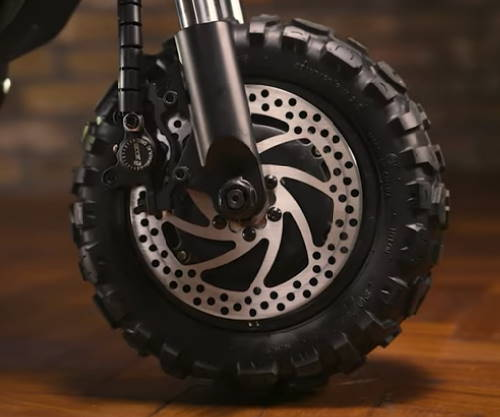 front tire of the Kaabo Wolf King