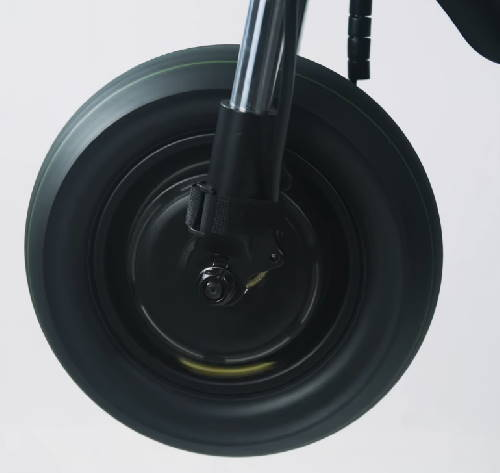front wheel of the Kaabo Wolf Warrior