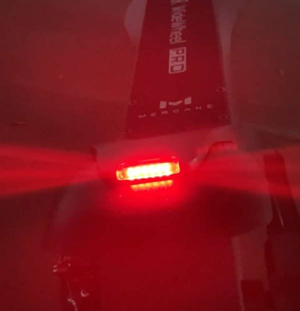 rear red light of the Mercane WideWheel Pro