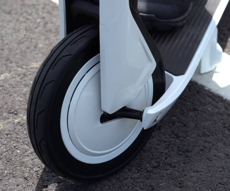 front wheel of the Ninebot Air T15