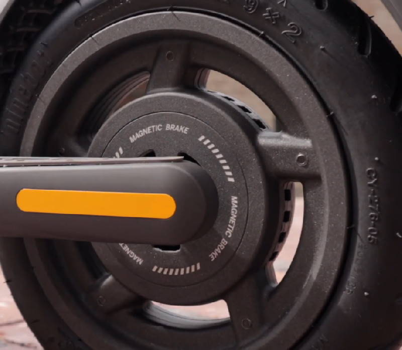 magnetic brake on the rear wheel of the Ninebot E45