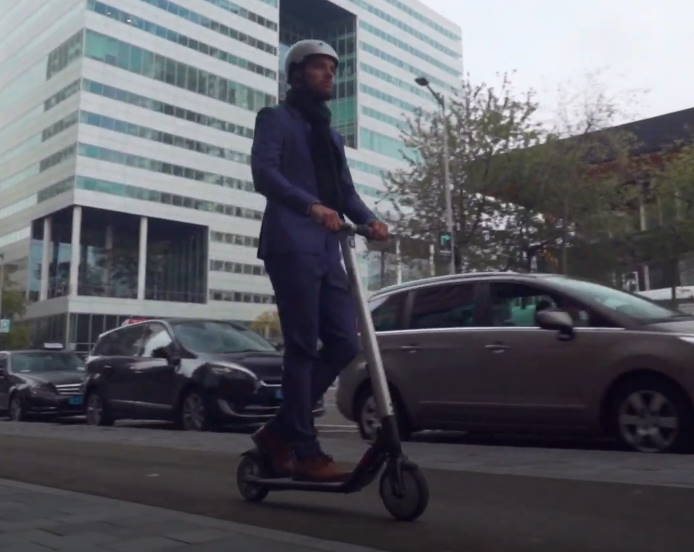 person commuting on the Ninebot ES4