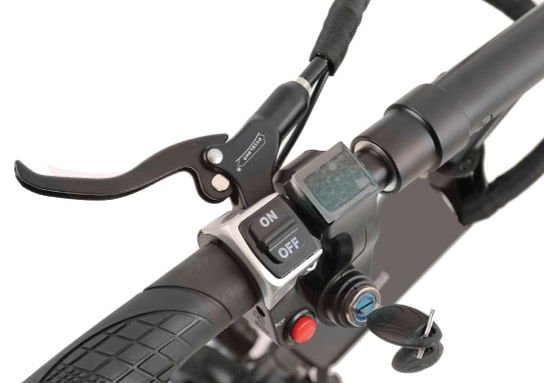controls and buttons and key on Turbowheel Hornet electric scooter
