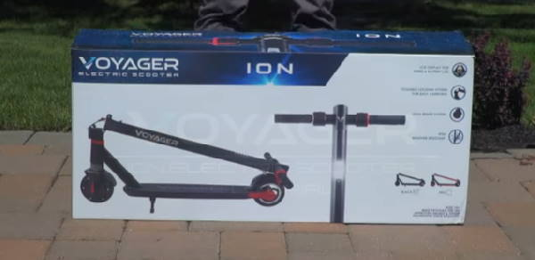 the box of the Voyager Ion