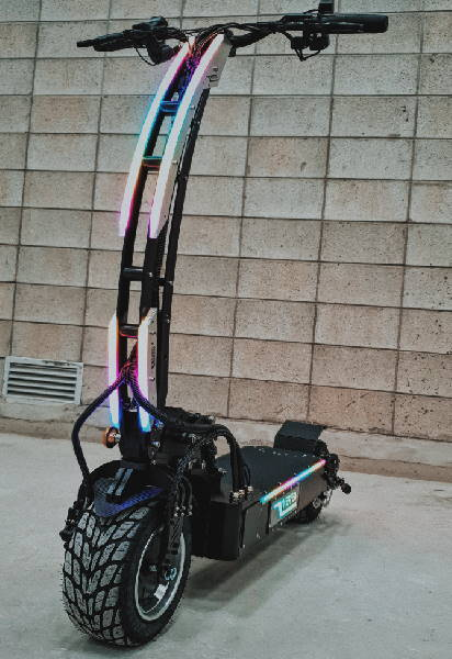 Weped SST lighted up in many colors