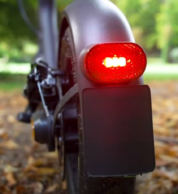 rear brake light of the Xiaomi Essential shining red