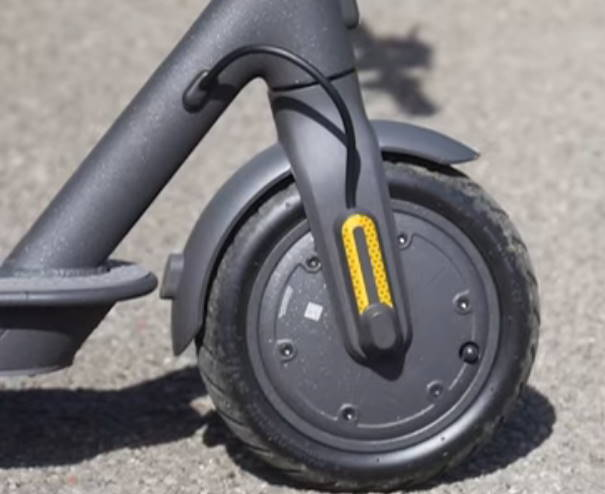 front tire of the Xiaomi Essential